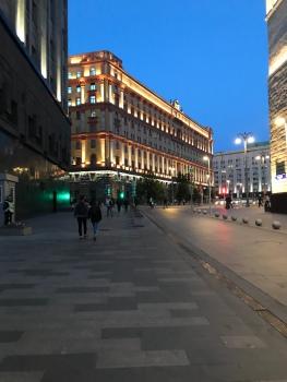موسكو .. وسط المدينة ، بعيداً عن صخب الجماهير